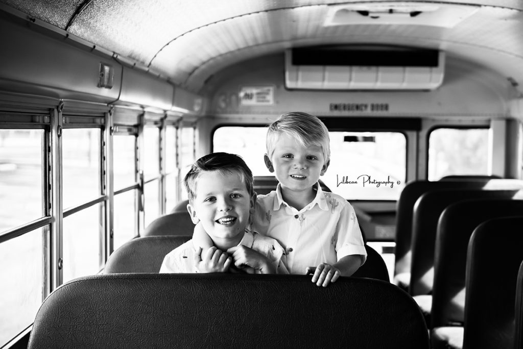 school bus mini sessions